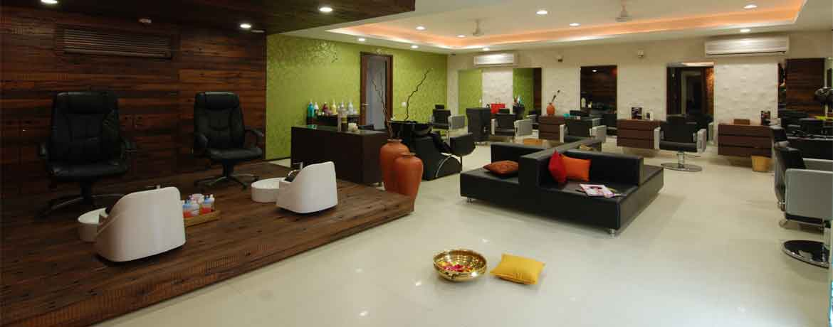 Vogue Hair And Spa, the best luxury salon in Pune
